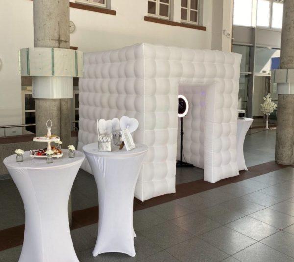 fotobox cube hintergrund cube party booth wand raum mieten und leihen für hochzeit geburtstag und event
