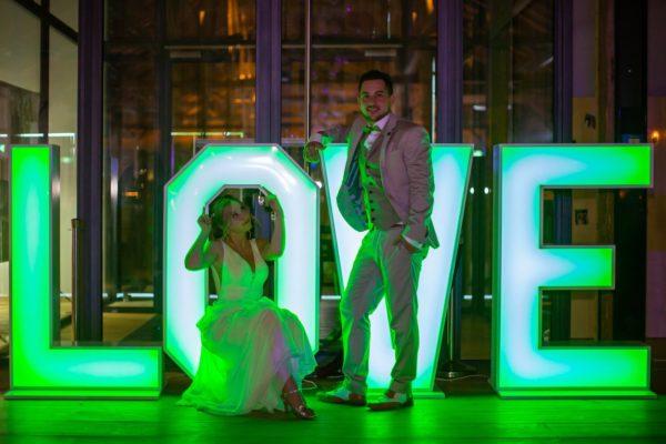 love buchstaben mieten färbe für Hochzeit sunnydeko günstig