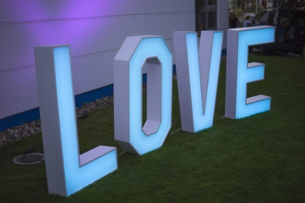 love buchstaben Hochzeit hochzeitsdeko mieten events