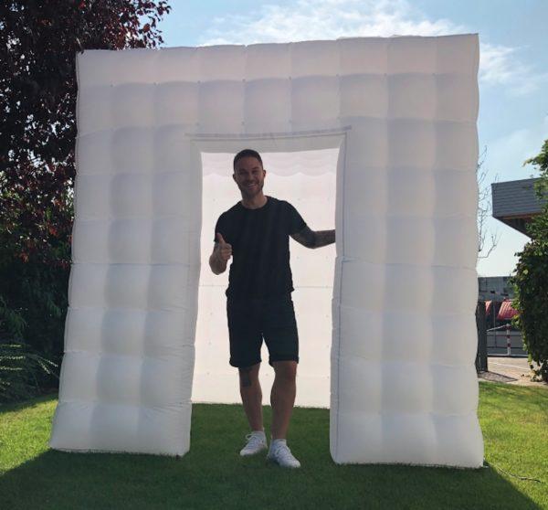 Foto räum Party cube Booth mieten für Hochzeit Fotobox stasevents Frankfurt