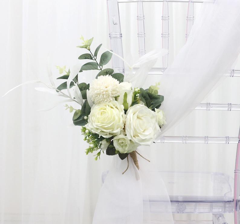 Stuhlblumen Blumengestecke Fur Stuhle Deko Fur Hochzeit Mieten