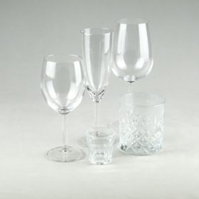 Glas Set für Hochzeit und Event mieten mit Weinglas, Sektglas, Wasserglas, Schnaps und Whiskey Glas Verleih 1