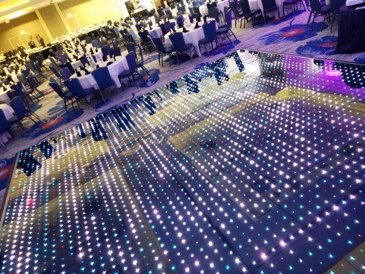 Tanzfläche und tanz Boden für hochzeit und event mieten auslege Parkett Zelt Boden