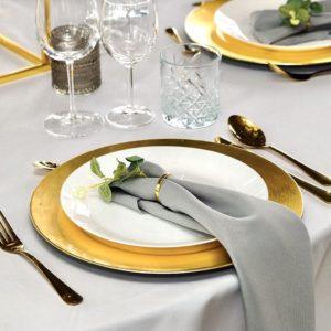 Platzteller unterteller dekoverleih hochzeit gold besteck serviettenring teller dekoration leihen