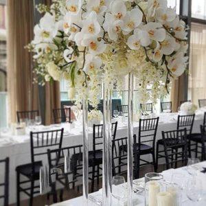 cubos acryl transparent blumenständer glas modern geometrisch leihen und mieten für hochzeit und event