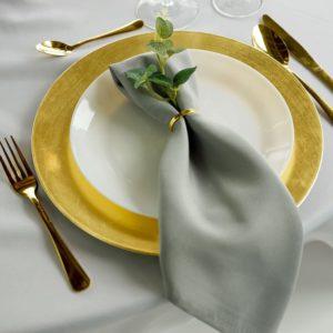 goldenes Besteck in gold für Hochzeit und Event mieten und leihen beim dekoverleih für hochzeitsdeko verleih Messer