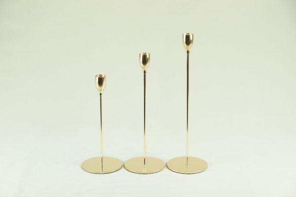 kerzenständer in gold gelb für hochzeit mieten und leihen stab ein stil 1-armig dezent und elegant verleih von tischdeko stasevents11