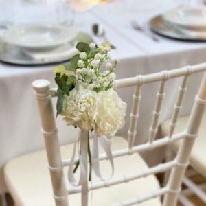 stuhlblume stuhl blumen stuhlschleife schleife stuhl schleifen mieten leihen hochzeit event hochzeitsdeko dekoration von sunnydeko