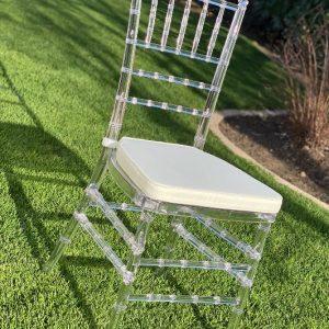 chiavari stuhl transparent acryl durchsichtig mieten leihen stasevents hochzeit deko dekoration