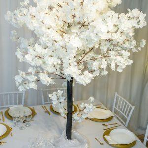 stasevents kirschbaum kirschblütenbaum kirsch blüten baum mieten hochzeit deko tischdeko dekoration vintage boho
