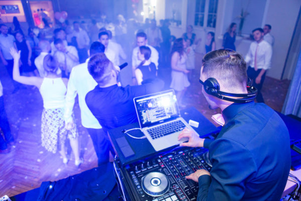 DJ Arthur von StasEvents auf einer deutsch russischen Hochzeit