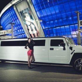 limo kiew limousine kiev für junggesellenabschied mieten stag rent drive book transfer airport flughafen jga bachelor party bachelorette