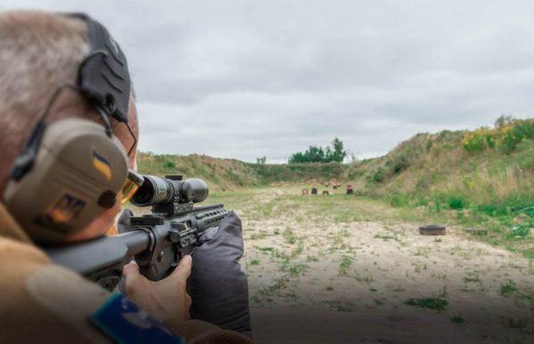 shooting range kiev kiew kiyv schießen ak 47 kalaschnikow m15 kalashnikov pistole jga stag bachelor party junggesellenabschied planen feiern
