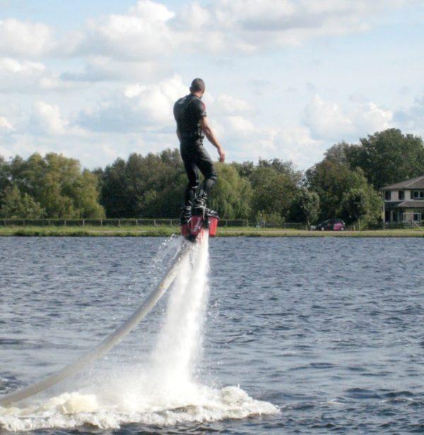 flyboard kiev kiew fly board fliegen fly water stag jga party bachelor