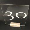 tisch nummer tischnummer aus acryl durchsichtig glas gold für hochzeit mieten und leihen