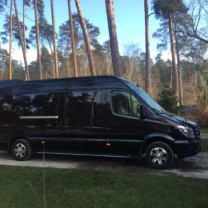 10er luxus vip transfer limousine in kiev for stag and jga party Kiew