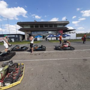 kart fahren karting drive driving in kiev kiew ikiyv am jga mit dem junggesellen abschied feiern stag party bachelor