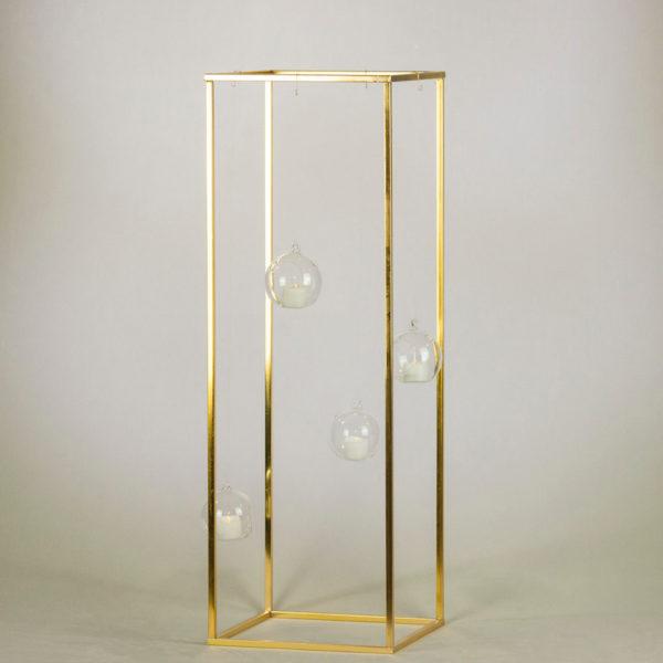 cubos 80cm in gold als blumen vase und ständer für hochzeit mieten mit teelichtglas hängend