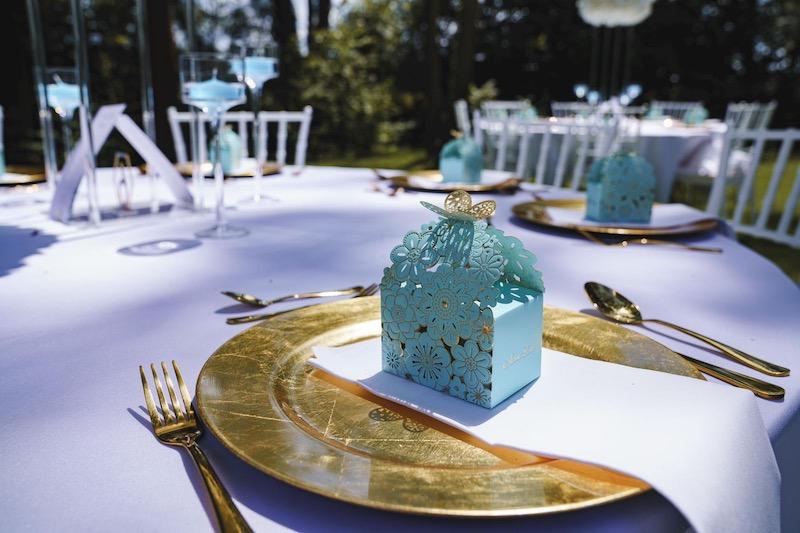 hochzeitsdeko dekoration für deko shop mieten leihen hochzeits deco rose gold rose-gold kupfer besteck platzteller blumen ständer tischdeko freie trauung sunnydeko 1