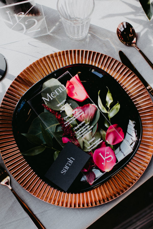 platzteller kupfer rose rosegold mieten hochzeit verleih leihen muster glanz sunnydeko geschirr und besteck