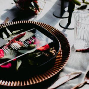 platzteller kupfer rose rosegold mieten hochzeit verleih leihen muster glanz sunnydeko hochzeitsdeko