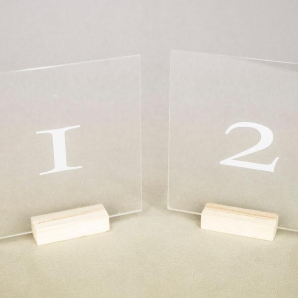 tischnummer acryl glas klar durchsichtig für hochzeit und event mieten