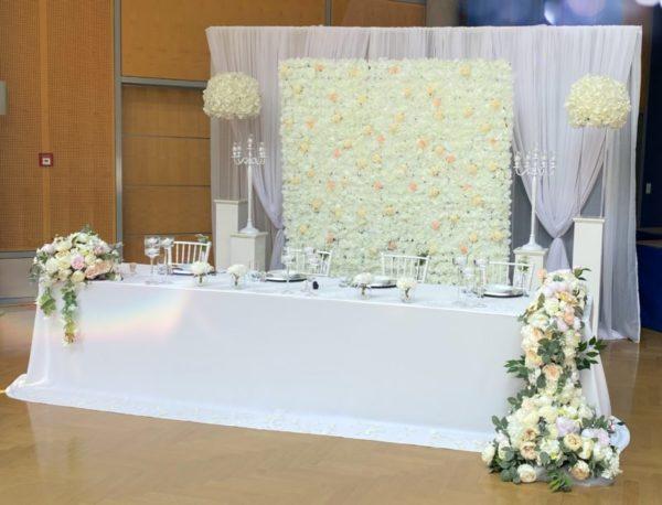 Brautpaartisch und Rückwand Inessa mieten und leihen für Hochzeit deutsch russisch hochzeitsdeko verleih dekorateur trauung11