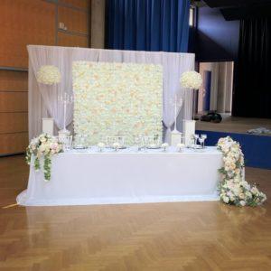 Brautpaartisch und Rückwand Inessa mieten und leihen für Hochzeit deutsch russisch hochzeitsdeko verleih dekorateur trauung3