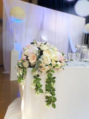 Brautpaartisch und Rückwand Inessa mieten und leihen für Hochzeit deutsch russisch hochzeitsdeko verleih dekorateur trauung6
