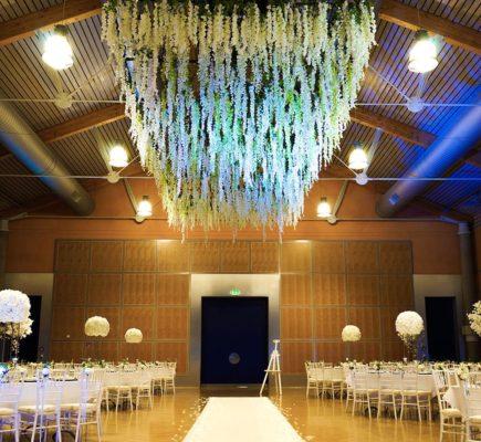 Dekoration der Decke mit hängenden Blume Blumendecke auf Hochzeit dekorateur und Dekoration StasEvents Frankfurt