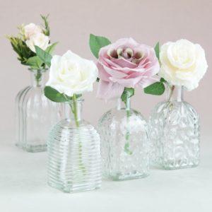 Glas Flasche Fläschchen Tina als Tischdeko für Hochzeit mieten und Event leihen Vintage verspiel StasEvents 1