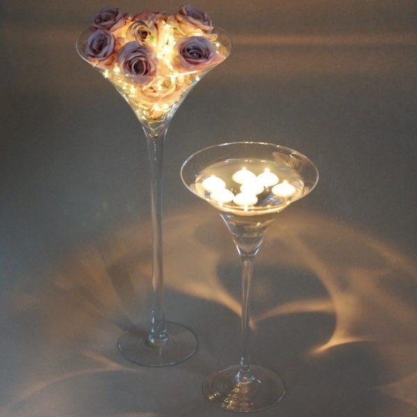 Martini Glas XXL Vase groß für Hochzeit leihen als Tischdeko mieten 70cm und 50cm Dekoration Verleih Schwimmkerzen Blumenvase