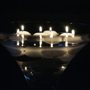 Martini Glas XXL Vase groß für Hochzeit leihen als Tischdeko mieten 70cm und 50cm Dekoration Verleih Schwimmkerzen Blumenvase Mannheim