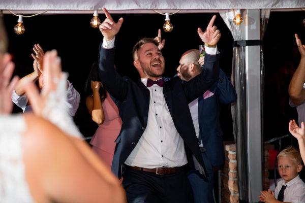 Tamada und Moderator für Hochzeit und Event Tobi von StasEvents als Hochzeitsmoderator oder Eventmoderator für eure Hochzeit3
