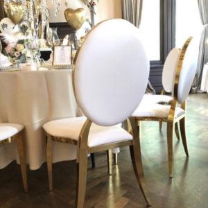 azalea arabella stuhl rund lehne weiss gold luxus luxury mieten hochzeit hochzeitsdeko chiavari sunnydeko gold österreich