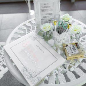 gästebuchtisch tisch gästebuch mieten und leihen dekorateur frankfurt für deko sunnydeko