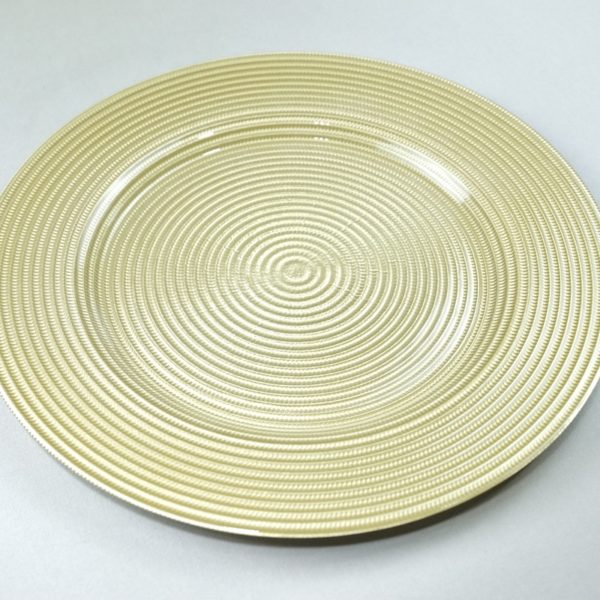 Platzteller aus Glas in der Farbe Gold für Hochzeit mieten als Unterteller für die Tischdeko leihen Hochzeitsdeko Verleih 1