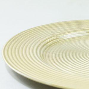 Platzteller aus Glas in der Farbe Gold für Hochzeit mieten als Unterteller für die Tischdeko leihen Hochzeitsdeko Verleih 3