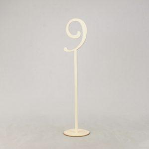 Tischnummer aus Holz für Sitzplan leihen als Hochzeitsdeko mieten für Dekoration 1