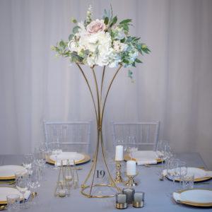 Curvy- Tischdeko für Hochzeit leihen Tisch Dekoration mieten als Set verleih