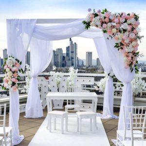 Blumen Set Blumengesteck rosa weiss creme Kerzenständer Stil 1 armig für Hochzeit mieten beim Dekoverleih für Hochzeitsdeko silber elegant edel billig 1