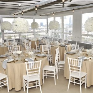 Cappu Kary Avenue Road Tischdeko Tischdekoration Set für Hochzeit mieten Avenue Cubos Dekoverleih Gold 1