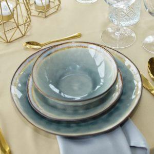 Geschirr teller hochzeit mieten und leihen dekoverleih besteck grau knochen 1