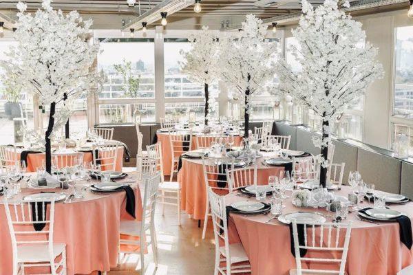 Hochzeitslocation Location Frankfurt Rhein Main Skyline Hochzeit und Event Dekoration 19