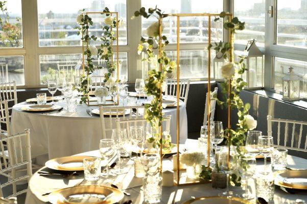 Hochzheitslocation Location für Hochzeit in Frankfurt und Dekoration in weiss gold mieten und leihen mit dekoverleih dekorateur 4