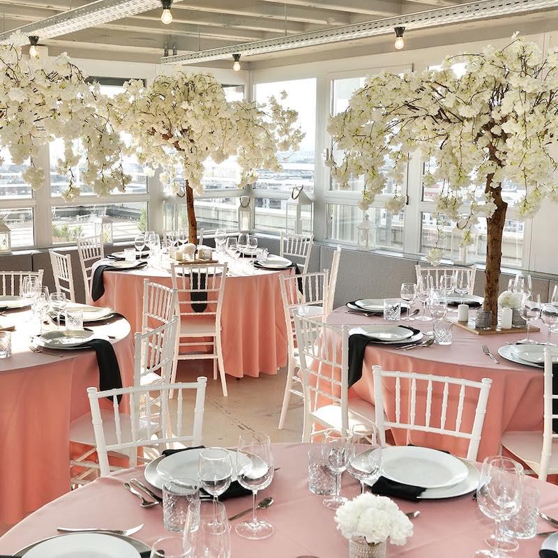 Ideen Inspirationen Rosa Puderrosa Altrosa Tischdeko und Dekoration mieten und leihen für eure Hochzeit als Hochzeitsdeko beim Dekoverleih NRW und Hessen rosa cherry bäume blossom kirschblütenbaum 1